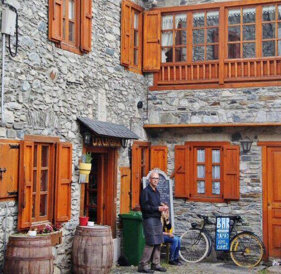 Rincón de Vielha en el Valle de Arán en Pirineos de Cataluña