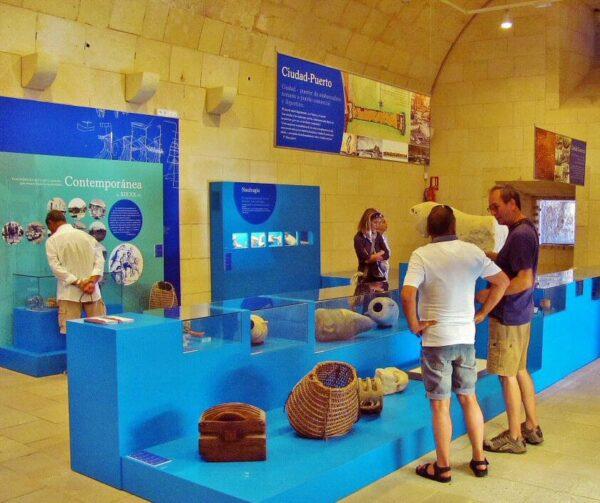 Museo en el castillo de Santa Bárbara en Alicante