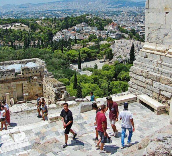 Acceso a La Acrópolis de Atenas en Grecia