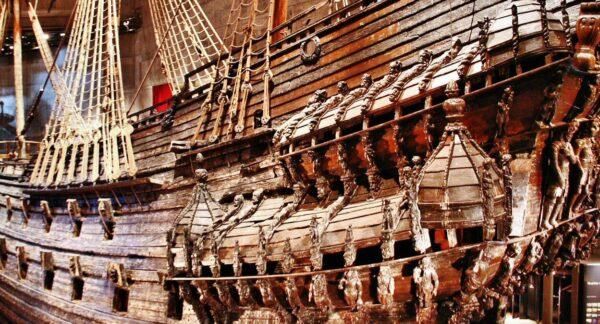 Galeón Vasa del siglo XVII en el museo de Estocolmo