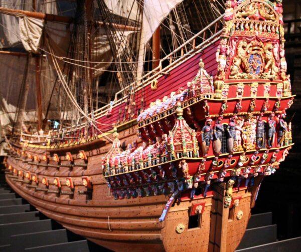 Maqueta del gran galeón del siglo XVII en el museo Vasa de Estocolmo