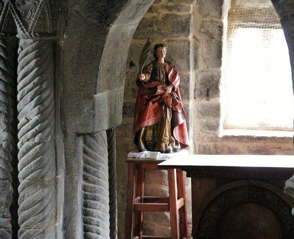 Interior de la iglesia prerrománica de Santa Cristina de Lena
