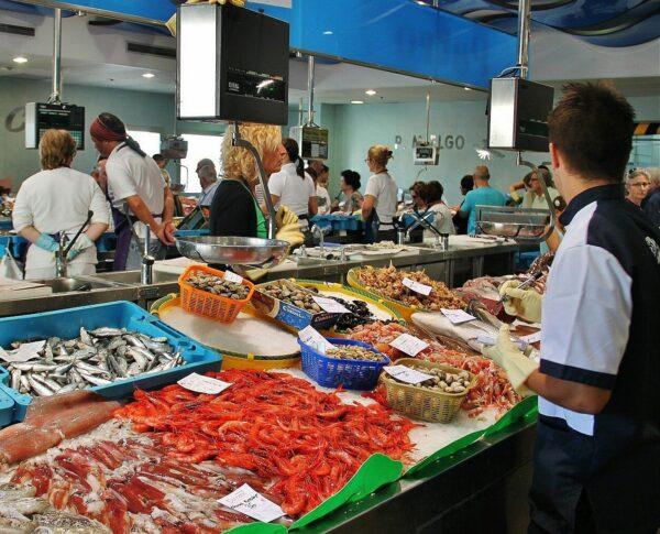 Mercado de la Lonja de Palamós en Costa Brava
