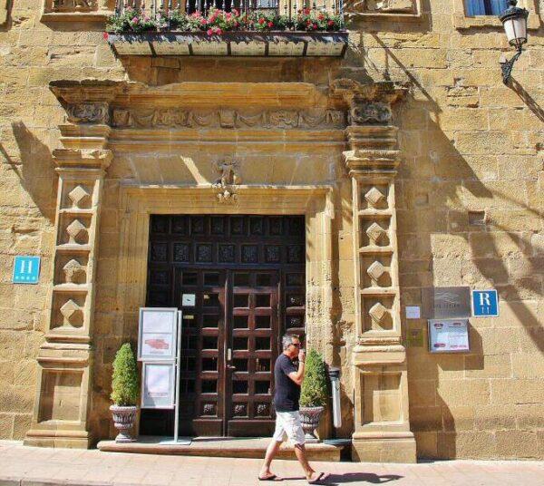 Convento de San Agustín, ahora hotel de los Agustinos en Haro