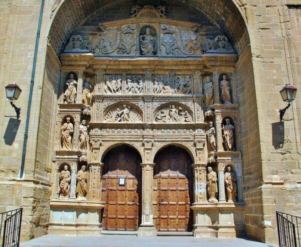 Portada de la iglesia de Santo Tomás en Haro