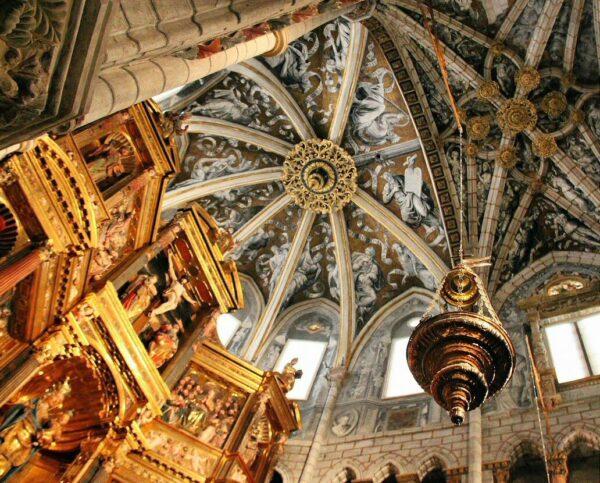 Decoración de la bóveda de la cabecera de la Catedral de Tarazona