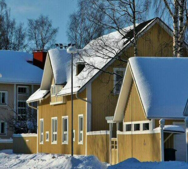 Paisajes nevados en Kemi en Laponia Finlandia