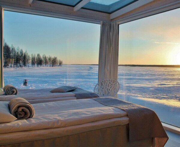 Villa de Cristal del Snow Castle en Kemi en Laponia Finlandia