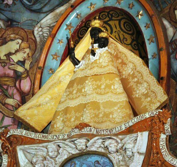 Virgen Negra en la Iglesia de Ntra Sra de la Dorada en Toulouse