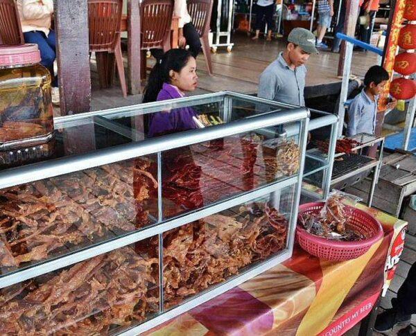 Comer en Camboya