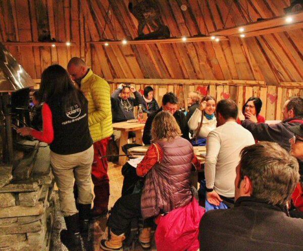 Bienvenida en el hotel de hielo en Kirkenes al norte de Noruega