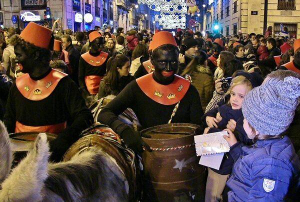 Pajes en la Cabalgata de Reyes Magos en Alcoy