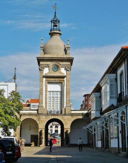 Histórico arsenal militar de Ferrol en Galicia