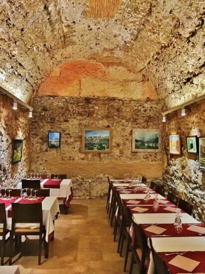 Gradas del circo romano de Tarragona en restaurante Les Voltes