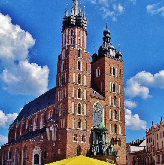 Basílica de Santa María en Cracovia al sur de Polonia