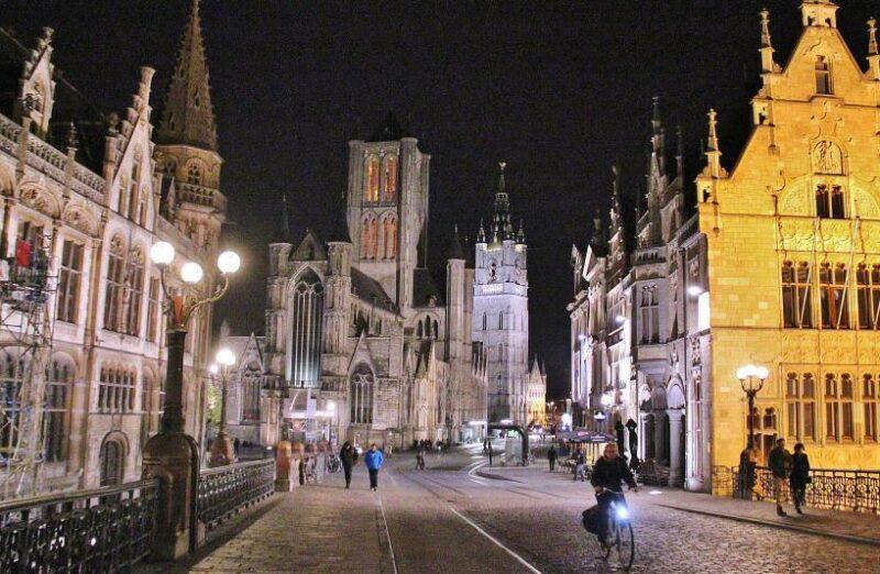 Iluminación de monumentos en Gante