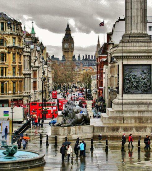 Trafalgar Square en Londres en Gran Bretaña
