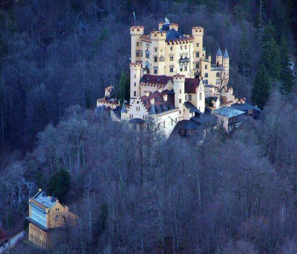 Castillo de Hohenschwangau en Baviera