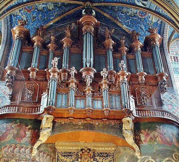 Örgano en la catedral de Albi al sur de Francia