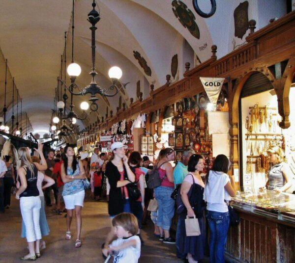 Lonja de Paños en la plaza del Mercado de Cracovia