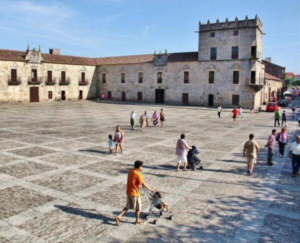 Plaza de Ferfiñans en Cambados en Galicia