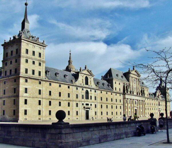 Monasterio de El Escorial cerca de Madrid