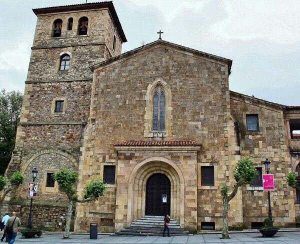 Iglesia de San Nicolás de Bari en Avilés