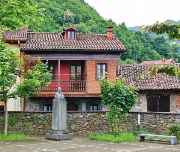 Rincón de Entralgo en el Valle del Nalón en Asturias