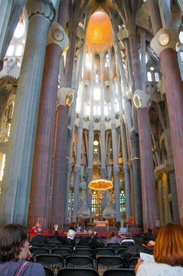 Nave central de la Sagrada Familia de Barcelona