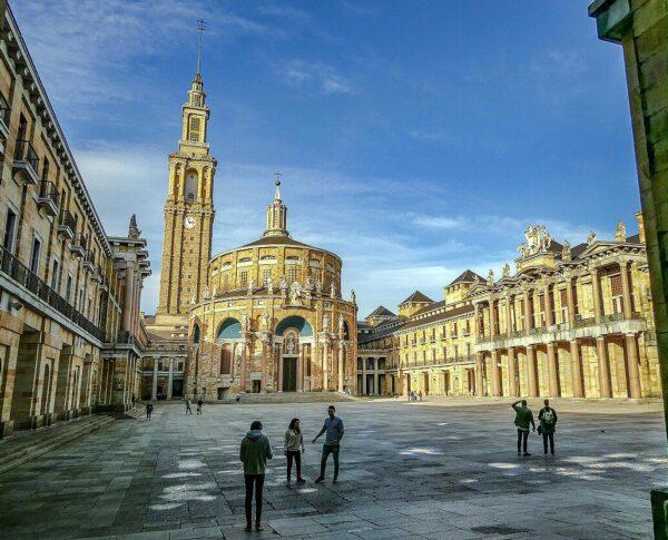 Centro cultural La Laboral de Gijón