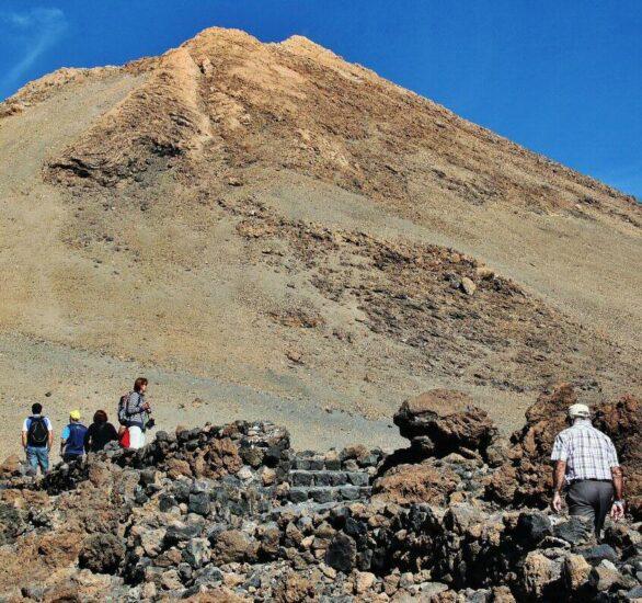Ruta para subir al pico del Teide en Tenerife