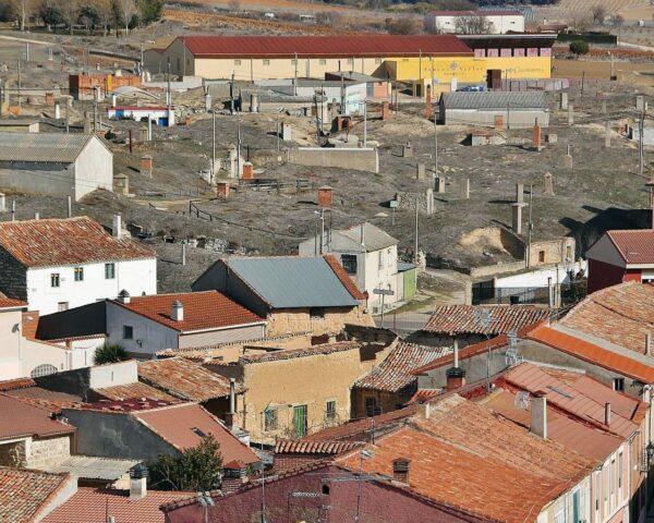 Barrio de bodegas de Cigales en Valladolid