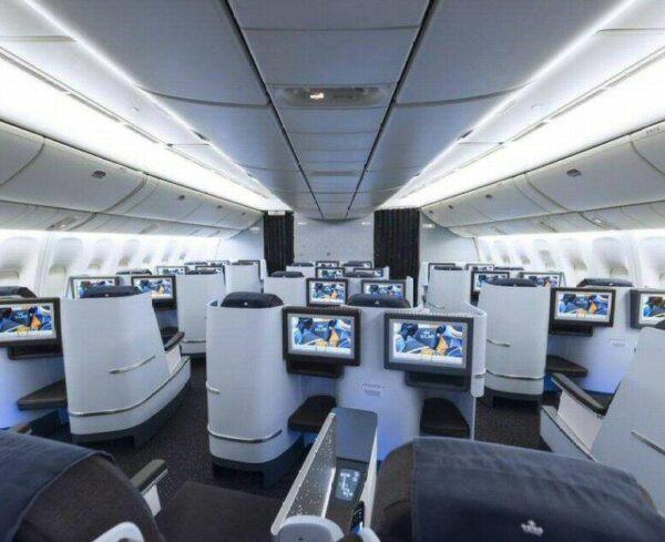Primera en un avión de KLM