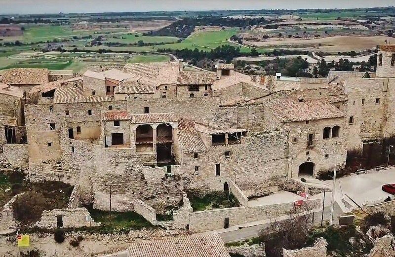 Villa medieval de Montfalcó Murallat en Lleida