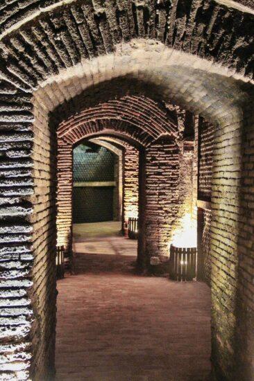 Arcos mudéjares de Bodegas Mocén en Rueda en Valladolid