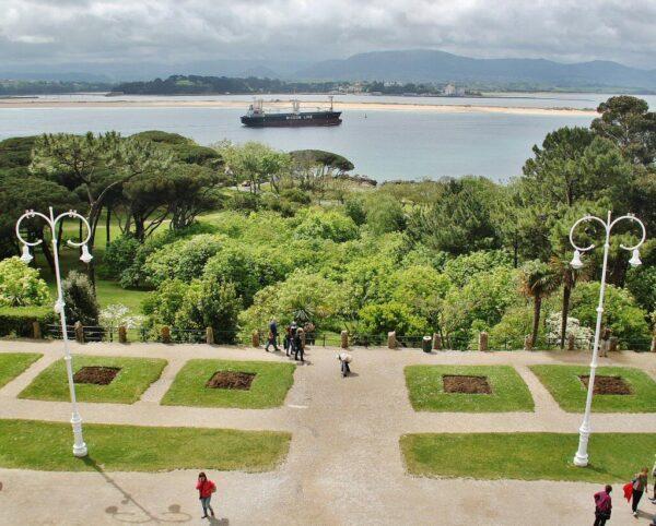Jardines del palacio de la Magdalena en Santander