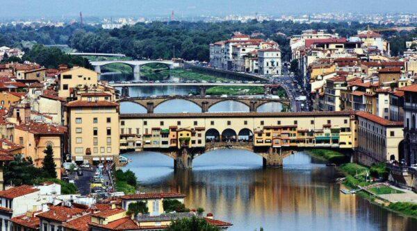 Ponte Vecchio de Florencia en Italia