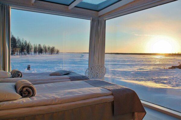 Villa de Cristal en el Snowcastle de Kemi en Laponia Finlandia
