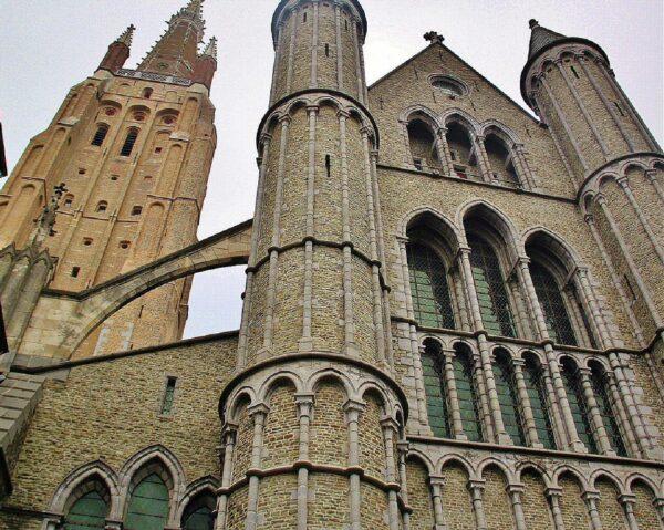 Iglesia de Nuestra Señora en Brujas