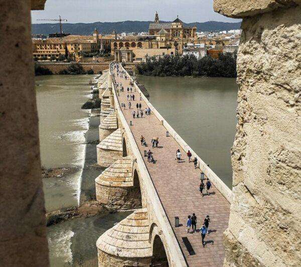 Puente Romano desde Torre de la Calahorra en Córdoba