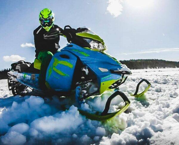 Moto de nieve en Ruka