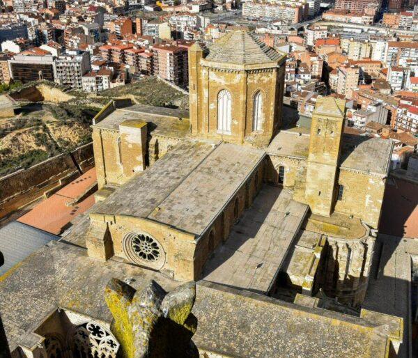 Vistas desde la torre campanario de la Seu Vella de Lleida