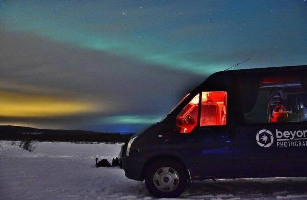 Aurora boreal en Rovaniemi en Laponia en Finlandia