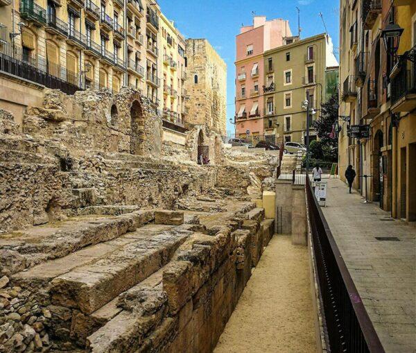 Restos del circo romano en el centro histórico de Tarragona