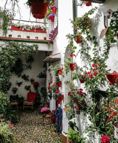 Típico patio en el centro histórico de Córdoba