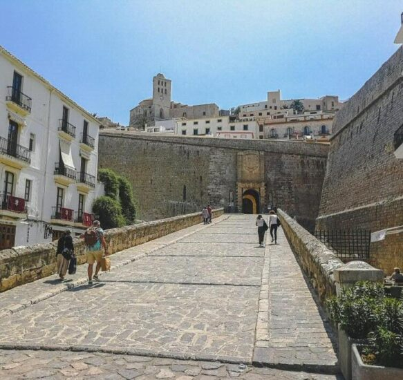 Puerta de ses Taules en Dalt Vila en Ibiza