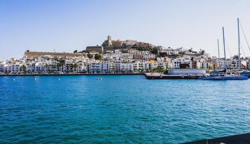 Vistas panorámicas de la ciudad de Ibiza