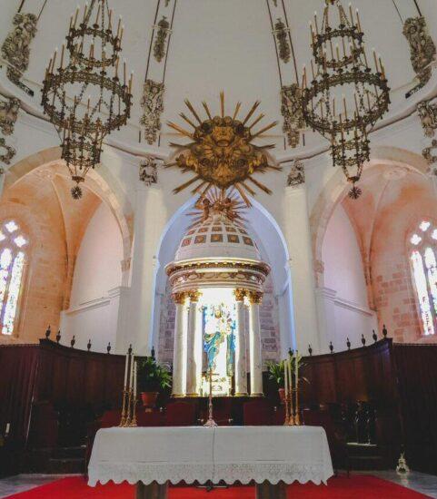 Interior de la catedral de Ibiza