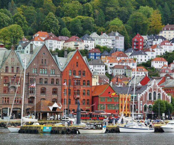 Bergen en los Fiordos de Noruega