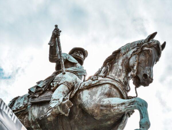 Estatua del Rey William de Orange en La Haya